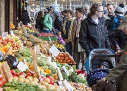 6 Reasons You Need to Shop at a Farmers Market